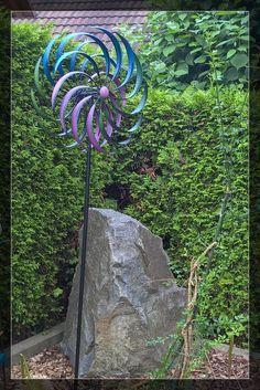 Tag 170 - 19.6.2015 neues XXL-Windrad im Vorgarten