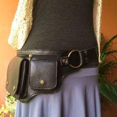 Utilidad de la correa del bolso de cuero / por ThaiArtistCollective