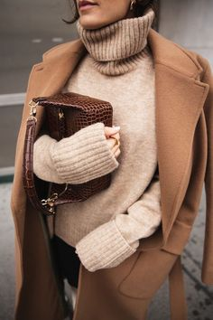 Chic Neutrals & White Leather Boots, We adore Vienna-based actress & photographer, Carola Pojer& cosy winter look with an oatmeal knit turtleneck, belted camel coat and tall . Fall Winter Outfits, Autumn Winter Fashion, Spring Outfits, Autumn Casual, Dress Winter, Spring Fashion, Winter Wear, Modest Winter Outfits, Spring Ootd