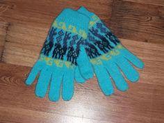 LAST DAYS VALENTINES 10% OFF Gloves hand knitted alpaca wool by CatsAndWool, $23.00