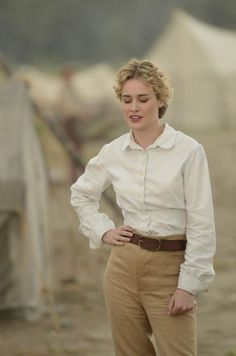 Dominique McElligott as Lily Bell in Hell on Wheels // Helen Esterhazi Pendergast Vintage Outfits, Vintage Fashion, Safari Costume, Dominique Mcelligott, Style Board, Vintage Safari, Hell On Wheels, Look Fashion, Womens Fashion