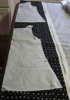 TOSIMUMMO: Muijamekko ohjeineen Sewing Lessons, Sewing Hacks, Sewing Tutorials, Clothing Patterns, Dress Patterns, Sewing Patterns, Sewing Clothes, Diy Clothes, Marimekko