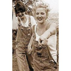 #drewbarrymore #dungarees #thisiswelcome #bitchesbelike #overalls #denim #summersummersummertime #fashion