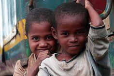 Portrait entre Fianarantsao et Manakara, Madagascar | by onechai.fr