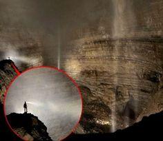 Jaskyniari narazili v čínskej provincii Chongquing na obrovskú jaskyňu. Stratený svet  s vlastným počasím, mrakmi a hmlou, ktorá sa udržiava vnútri rozľahlého systému s rozlohou 51 tisíc metrov štvorcových. V časoch, keď v minulosti čínski baníci dolovali v štôlňach neďaleko jaskyne, nemali ani tušenia, že iba kúsok pod nimi existuje neprebádaný stratený svet Er Wang Dong. Jej názov môžeme preložiť ako Druhá kráľovská jaskyňa. viac »