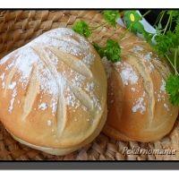 Podmáslové bulky s listem Baked Potato, Potatoes, Bread, Baking, Ethnic Recipes, Food, Potato, Brot, Bakken