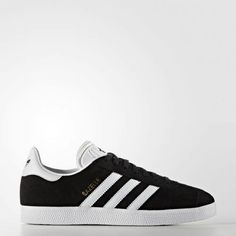 Shop for Gazelle Shoes - Blue at adidas. See all the styles and colours of Gazelle Shoes - Blue at the official adidas online shop Ireland. Adidas Gazelle Mens, Adidas Originals Gazelle, Adidas Superstar, Adidas Trainers Mens, Sneakers Adidas, How To Wear Sneakers, Casual Sneakers, Daniel Wellington, Human Body