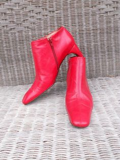 Vintage Leather Ankle Boots Red Booties Mod by LuluandGandore, $45.00