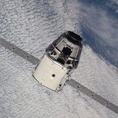 L'actualité de la semaine du 2 au 8 juillet : Dragon CRS-15 et test d'évacuation d'une capsule indienne  https://ift.tt/2zAjE0z #espace #astronautique  #lancement #technologie #ISS Photo : #Dragon #CRS15 @spacex