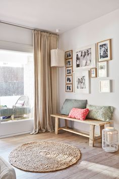 20 simple ideas to inspire stylish small spaces 2 Decor, Living Room Colors, Bedroom Decor, Dream Decor, Interior Design, Home Decor, Apartment Decor, Home Deco, Interior Design Living Room Warm