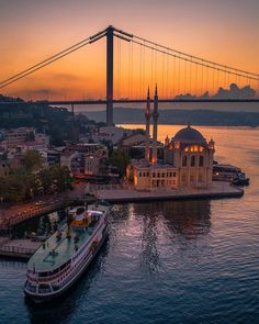 The Iconic Bridges Of Istanbul! A trip to the historic city Istanbul can feel overwhelming. Experiencing something that people for centuries have been fighting over, but it is well worth the trip. See the Iconic Bridges of Istanbul in great detail here. Visit Istanbul, Istanbul City, Istanbul Travel, Istanbul Hotels, Wonderful Places, Beautiful Places, Turkey Hotels, Capadocia, Visit Turkey