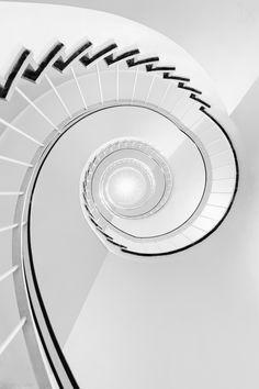 1X - double swirl by Harry Lieber