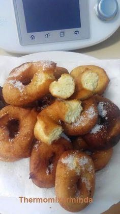 Donut Recipes, Cake Recipes, Dessert Recipes, Croissants, Sweet Cooking, Thermomix Desserts, Spanish Dishes, Homemade Donuts, Filipino Desserts