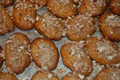 melomakarona - my search is over for a good recipe for these delicious Greek cookies. Made these today and wow delicious Greek Sweets, Greek Desserts, Greek Recipes, Just Desserts, Delicious Desserts, Honey Recipes, Greek Cookies, Honey Cookies, Holiday Baking