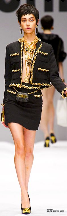 #Milan Fashion Week Moschino Fall/Winter 2014 RTW