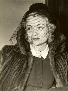 Irene Lentz costum for Constance Bennett in Escape to Glory directed by John Brahm, 1940