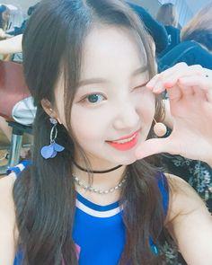 Kpop Girl Groups, Korean Girl Groups, Kpop Girls, I Love Girls, Cute Girls, Nancy Jewel Mcdonie, Nancy Momoland, Fandom, Pretty And Cute