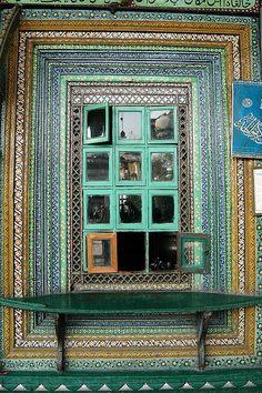 SRINAGAR, INDIAN KASHMIR:  A window of the Shah-i-Hamdan shrine. Painted Window