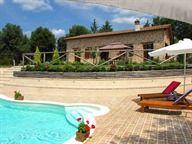 Rent Villa L'Ovile 4+2 at Sovicille Siena in Tuscany   Emmavillas.com