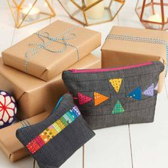 It's that time of year when we all start thinking of buying or making gifts for our loved ones. Today I'm happy to share some cute zippered pouches that are quick and easy to sew and t…