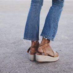 Как сегодня носить вещи в стиле 90-х