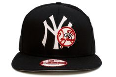NEW ERA New York Yankees 9Fifty Snapback    Black / White / Red    This 9FIFTY cap features an embroidered (raised) New York Yankees team namesake and logo with stripe accents at front, contrasting color underside visor, and stitched New Era flag at wearer's left side. A snapback closure for an adjustable fit. Interior includes branded taping and a moisture absorbing sweatband.    New Era flag may vary in color with the image featured on site.    100% Wool.