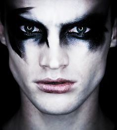 bald people with gothic makeup - Google Search #GothicFashion