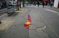 Strick-Schlaglöcher von Juliana Santacruz Herrera, Paris