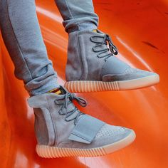Adidas Yeezy Boost 750 Light Grey / Gum aesthetic gear for stretching Rare Sneakers, New Sneakers, Adidas Sneakers, White Sneakers, Sneakers Fashion, Fashion Shoes, Yeezy Boost 750, Yeezy 750, Bape