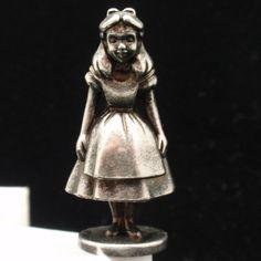 Disney Figurine Vintage Alice in Wonderland