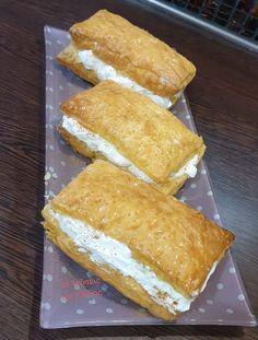 Είναι γλύκα είναι γλύκα.. της πεθερούλας η γλωσσίτσα! Hot Dog Buns, Hot Dogs, Custard, Tart, Pie, Bread, Sweet, Desserts, Food