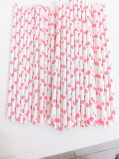 Paper straw heart collection