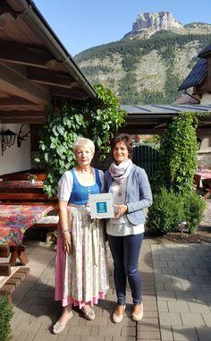 Altausseer Restaurant feiert Erfolge mit belebtem Wasser Austria, Restaurant, Beautiful, Aquarius, Diner Restaurant, Restaurants, Dining