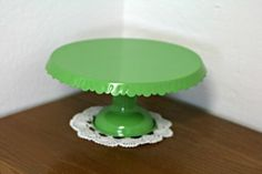 Cake stand green. Hinta 12,50€