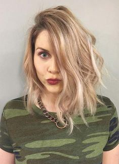 Short hairstyles for women with thin/ fine hair: balayage bob Balayage Hair Purple, Balayage Hair Caramel, Balayage Bob, Bob Hairstyles 2018, Haircuts For Fine Hair, Short Hairstyles For Women, Short Hair Cuts, Short Hair Styles, Hair Color 2018