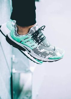 Green Glow. #airpresto