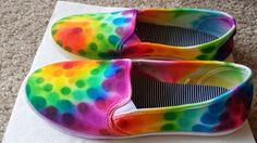 Hey everyone! Straying from my usual type of post, I got a little crafty and decided to make a post about something I did myself while Pat. Diy Tie Dye Shoes, How To Dye Shoes, Tie Shoes, Food Crafts, Diy And Crafts, Arts And Crafts, Tie Die Shirts, Sharpies, Painted Shoes