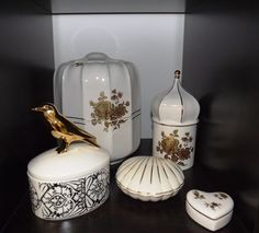 Hollóházi porcelánurnák