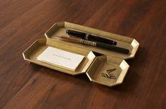 FUTAGAMI(フタガミ)真鍮の文具トレイ 二上