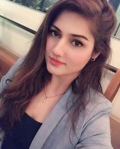 Senior Girl Poses, Senior Girls, India Beauty, Asian Beauty, Nice Lips, Beautiful Girl Image, Cute Woman, Bollywood Actress, Beauty Women