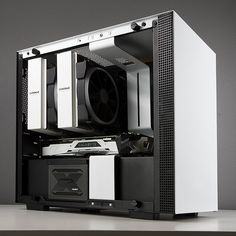 The Pandora is a hugely powerful and customisable desktop PC with a small footprint, industry standard components, and one where you don't need to make serious performance-lowering compromises. Custom Gaming Computer, Gaming Computer Setup, Gaming Pc Build, Gaming Pcs, Gaming Rooms, Computer Case, Pc Components, Pc Desk, Custom Pc