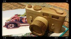 Máquina Leica de madeira