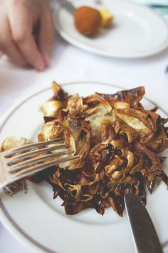 DOUBLE FRIED ARTICHOKE // The Kitchy Kitchen