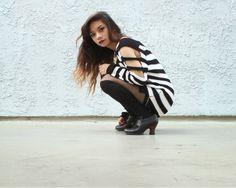 http://simplestylings.blogspot.com/2013/10/runway-bandit.html