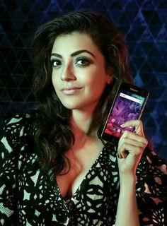 Kajal Aggarwal is an Indian film actress and model. She has established a career in the Telugu and Tamil film industries and has been nominated for four Filmfare Awards South. Indian Actress Hot Pics, South Indian Actress, Actress Photos, Bollywood Actress Hot, Beautiful Bollywood Actress, Beautiful Actresses, Actress Anushka, Beautiful Girl Indian, Most Beautiful Indian Actress
