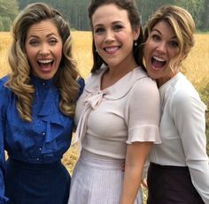 Will When Calls the Heart Season 6 return on Sunday March If not, when should fans expect to see WCTH back on Hallmark? Rachel Lee, Jack And Elizabeth, Erin Krakow, Lori Loughlin, Abc Shows, Hallmark Movies, Bff, Heart Dress, Full House