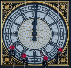 The face of the clock tower commonly known as Big Ben gets a clean Uk Capital, Waterloo Station, Big Ben Clock, London Today, Westminster Abbey, River Thames, London Calling, Cool Landscapes, Landscape Photographers