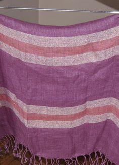 Kup mój przedmiot na #vintedpl http://www.vinted.pl/damska-odziez/okrycia-wierzchnie-inne/15655034-szal-szeroki-wrzosy-fiolety-lniany-dodatek-do-sukienek