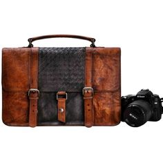 ZLYC Vintage Handmade Dip Dye Leather Removable Padded Camera... (2.685 ARS) ❤ liked on Polyvore featuring bags, messenger bags, vintage leather messenger bag, padded messenger bag, vintage messenger bag, brown leather messenger bag and genuine leather messenger bag