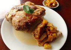 Aprenda a preparar pernil de porco assado com abacaxi com esta excelente e fácil receita. Procurando receitas para a ceia de Natal? Confira esta sugestão do...